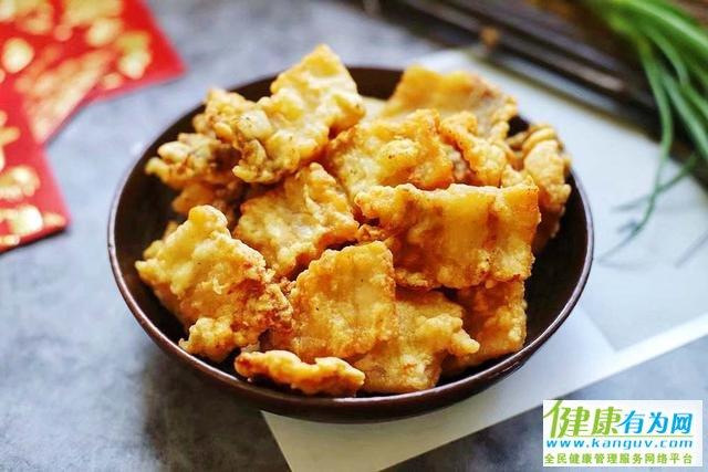 老厨师不管炸什么肉,都不用面粉和淀粉,放多久都能保持酥脆口感
