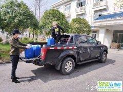 淄博小伙李骄阳就一直奔波在淄博和武汉两地