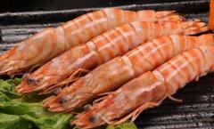 老妈花100元买了4斤大虾,用这2招保存起来吃到过年