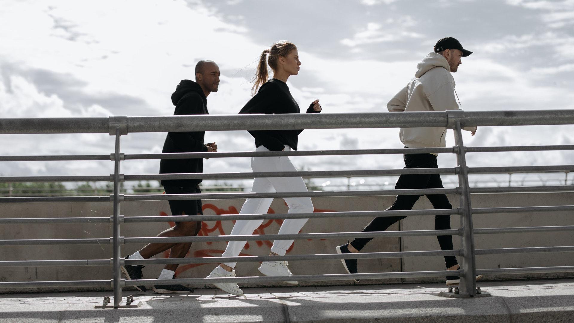 提高步频不仅是追求跑步「180」,更能减轻压力和减少运动伤害