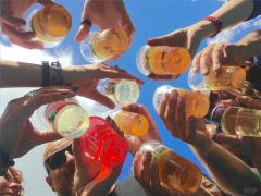 酒精会给人体带来的4种危害,男性朋友要少碰